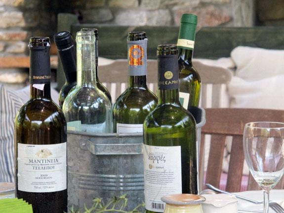 7-a-White-wine-tasting