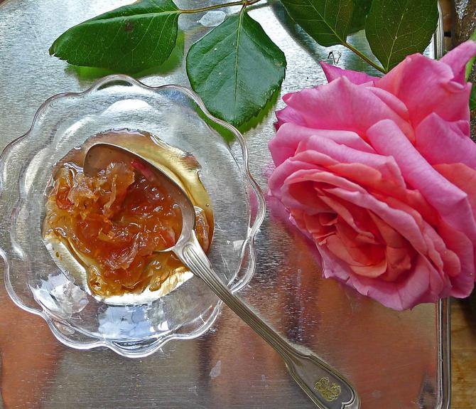 10-rose-petals-jam-plate1-small