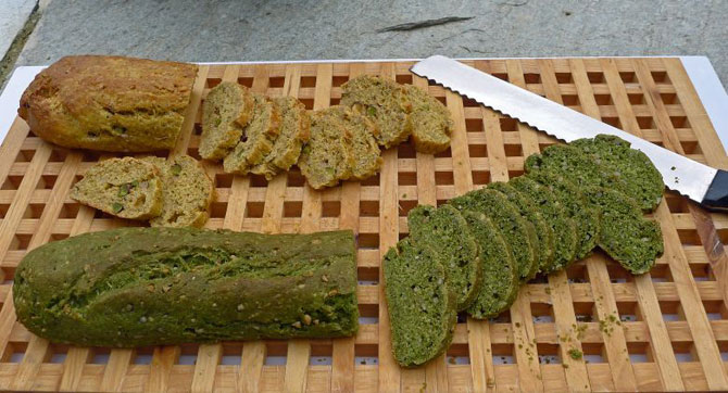 3-green-baguettes-slicing