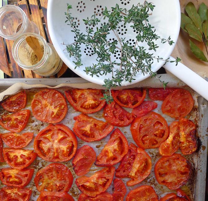 4_paspalas_tomato_spices_small