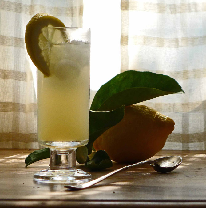7-lemonade-glass-small