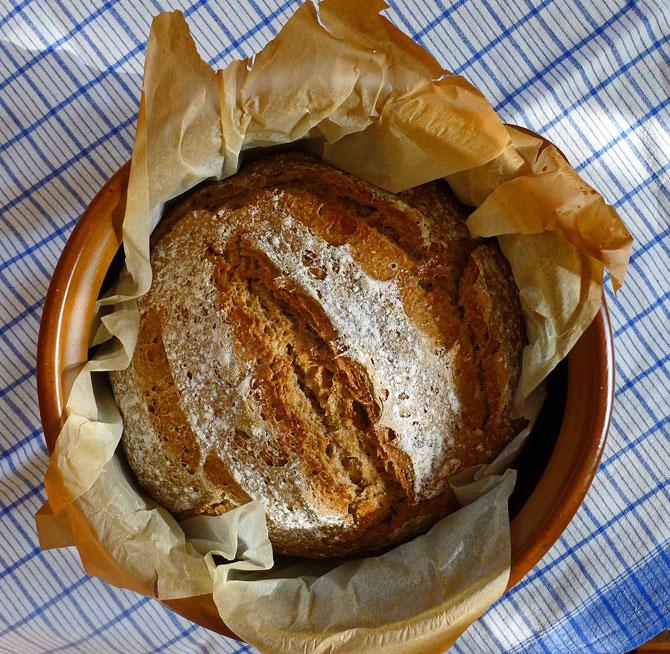 bread-dec013-crusty-1-small