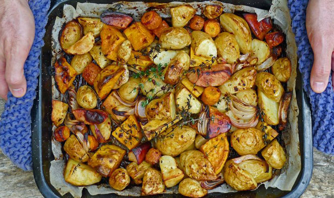 potatoes-roasted-square-hands
