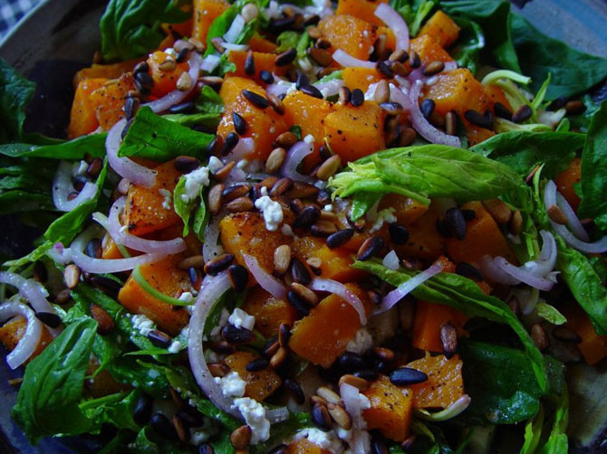 pumpkin_spinach_salad670